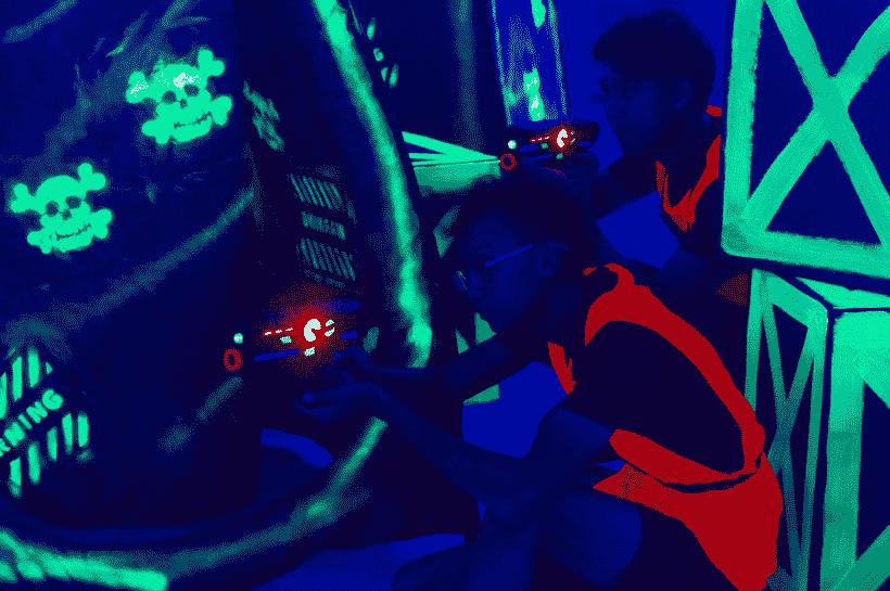 laser tag Singapore - neon laser tag