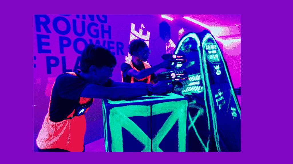 laser quest - neon laser tag